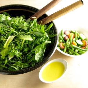 Organic Baby Spinach w Romaine & Goodies