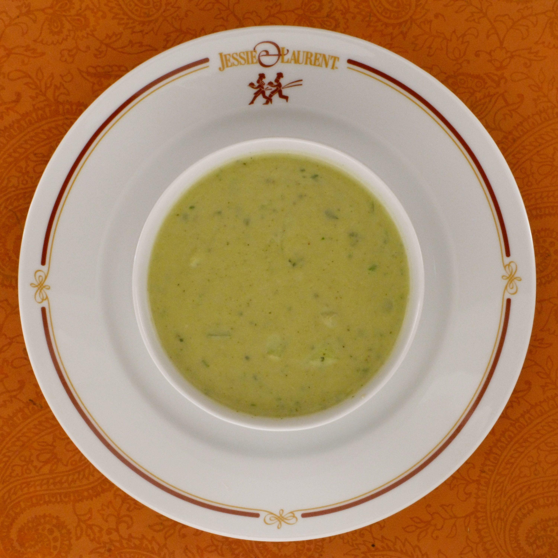 Fresh Leek and Zucchini Soup