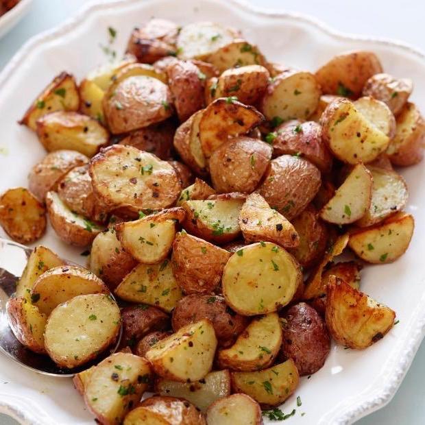 Garlic Roasted Creamer Potatoes