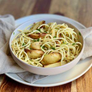 New Potatoes and Roasted Garlic w Linguini