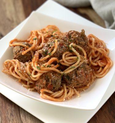 Spaghetti & Beef Meatballs with Marinara Sauce