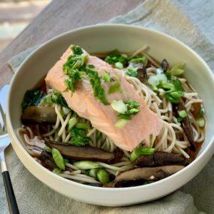 Japanese Organic Noodles w Salmon, Portobello & Scallions